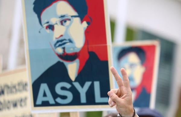 Protest f¸r Snowden