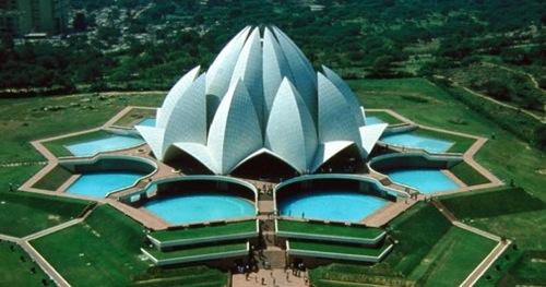 Temple-Lotus-Delhi-India