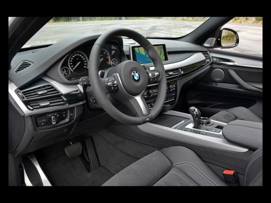 533x400x2014-bmw-x5-m50d-interior-3-1024x768.jpg.pagespeed.ic.ZK1vkgo_d8