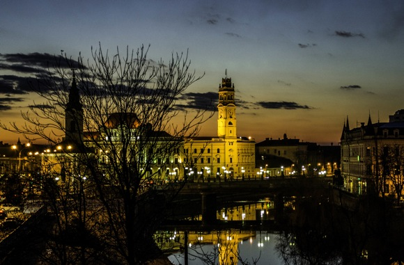 ORADEA BY NIGHT