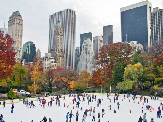 people-ice-skating-in-central-park-new-york-winter