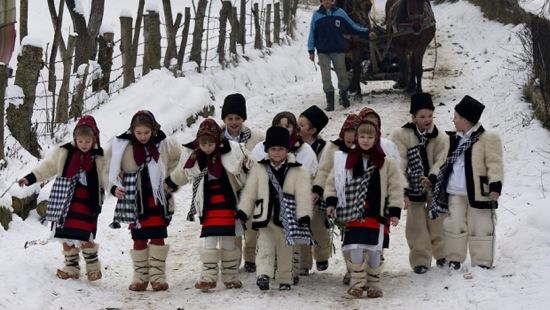 sarbatori_de_iarna_bucovina_ilustratie_poza_craciun_colinde_anul_nou_94816700