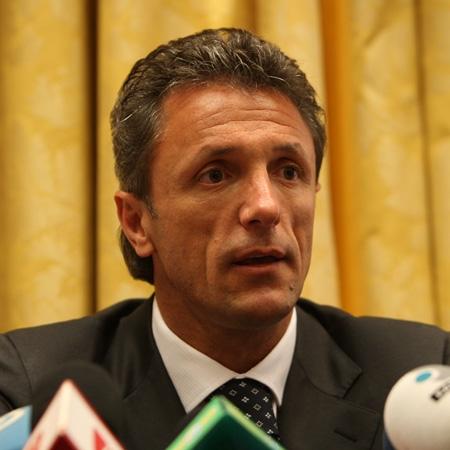 gica-popescu-hotel-bucuresti