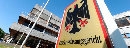 Karlsruhe entscheidet ¬∏ber Professorengeh'∞lter