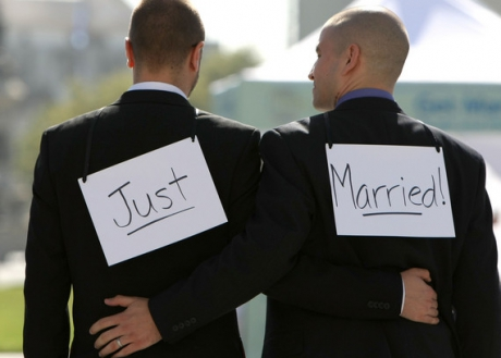 gay_marriage1_24381100