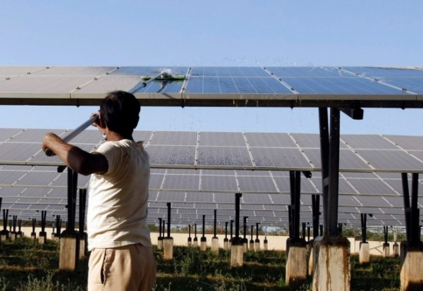 india-solar-power-plant