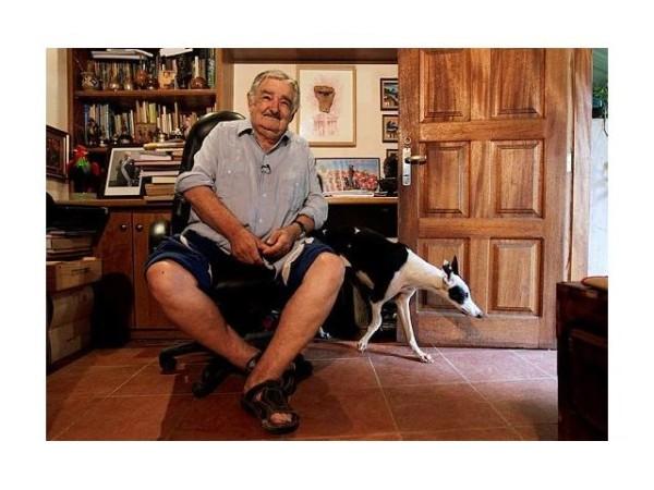jose-mujica-pre-edintele-uruguayului-fost-lider-al-organiza-ie-teroriste-tupamaros-cel-mai-s-rac-ef-de-stat-din-lume-64242