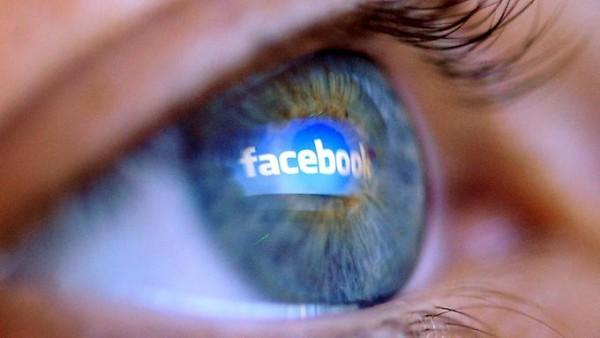 Facebook-Auge