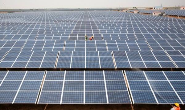 solar-park-gujarat-india