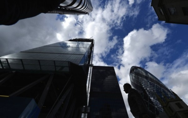 new-london-finance-jobs-rise-first-time-two-years