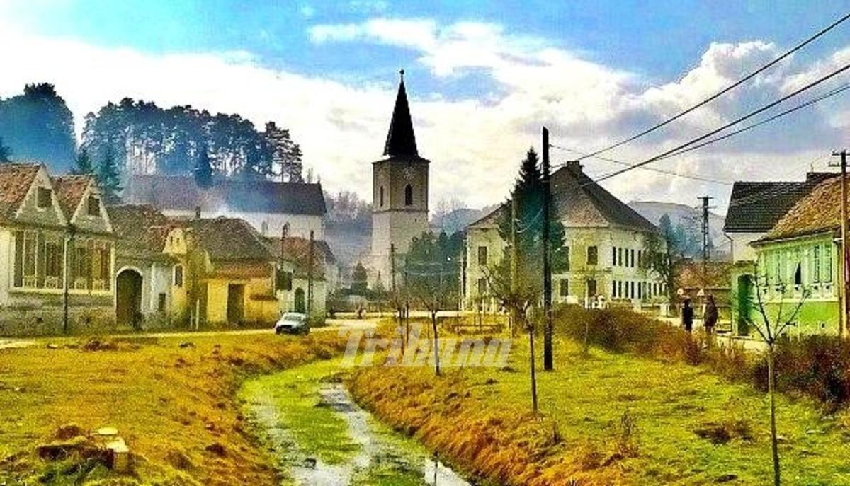 2015_04_16_1_sibiul-invata-cum-sa-restaureze-monumentele-istorice-din-mediul-rural_25604