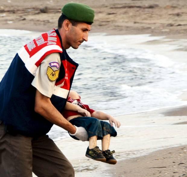 syrian-refugee-boy-turkey-2