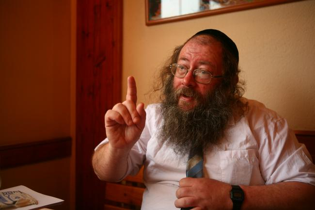 un-rabin-acuza-afaceri-cu-cimitire-evreiesti-18330571