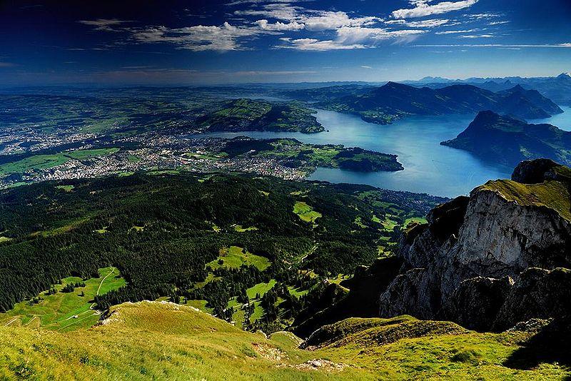 800px-Central_Switzerland