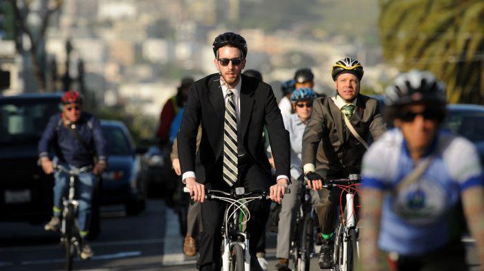 biciclişti_m
