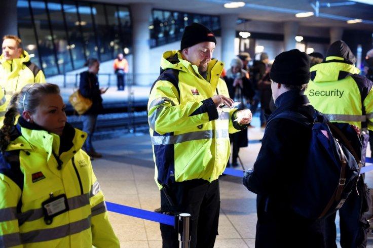 officials-perform-border-checks