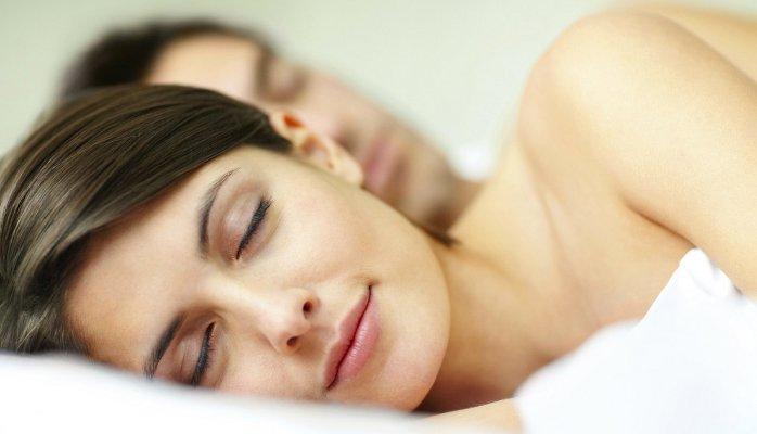 dormi mai multă pierdere în greutate)