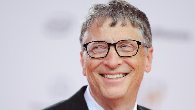 Hat-gut-lachen-Microsoft-Gruender-Bill-Gates-60-ist-mit-einem-Vermoegen-von-75-Milliarden-Dollar-immer-noch-die-unangefochtene-Nummer-eins