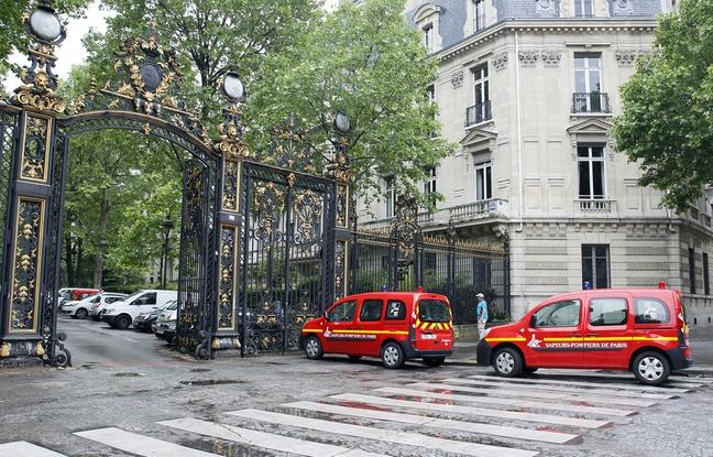 648x415_voitures-secours-stationnees-entree-parc-monceau-paris-28-mai-2016