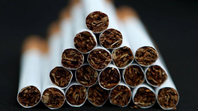 _89585934_cigarette.stack.pa-2