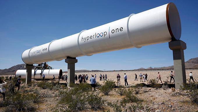 Das-System-erinnert-an-eine-ueberdimensionale-Rohrpost-und-kann-Geschwindigkeiten-von-bis-zu-1200-km-h-erreichen