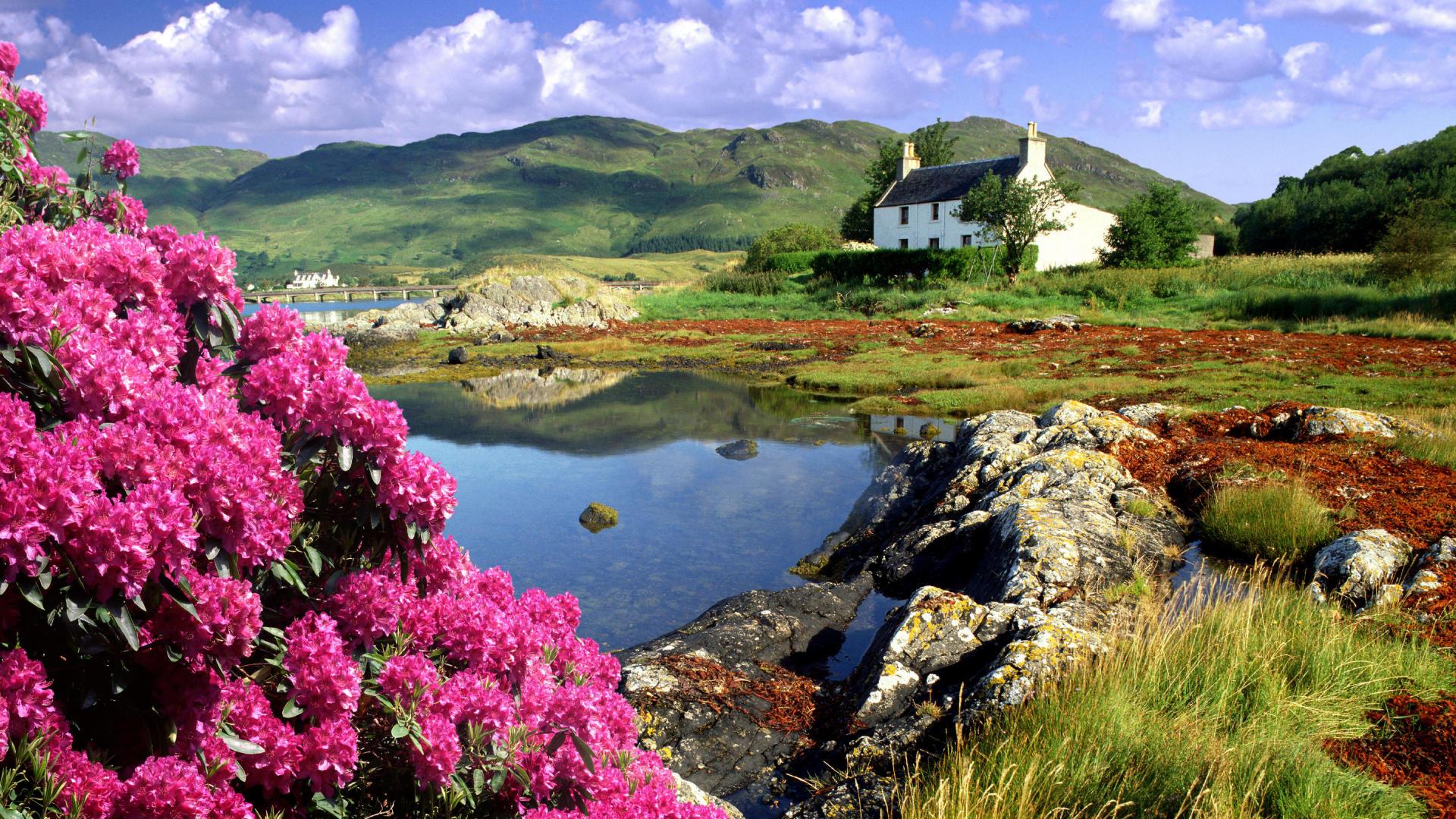 Great Britainscotlandhighland Cottage At Dornie On Loch Alsh