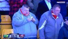 doi-suporteri-cat-o-galerie-avalansa-de-glume-dupa-o-aparitie-incredibila-pe-stadion-video