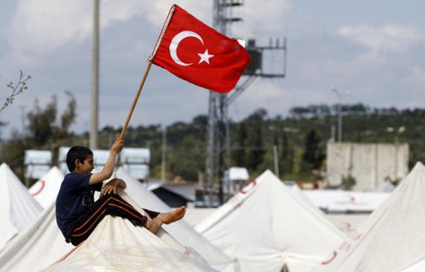 turkey-syria-refugees-465x390