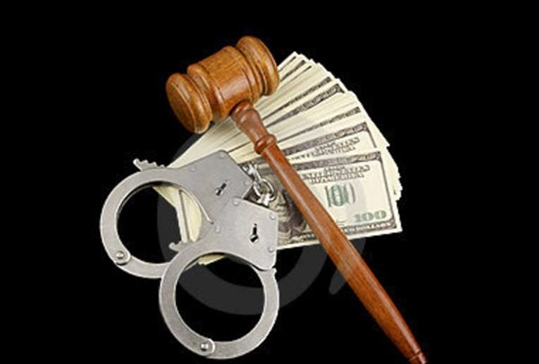 gavel-handcuffs-money-18324498