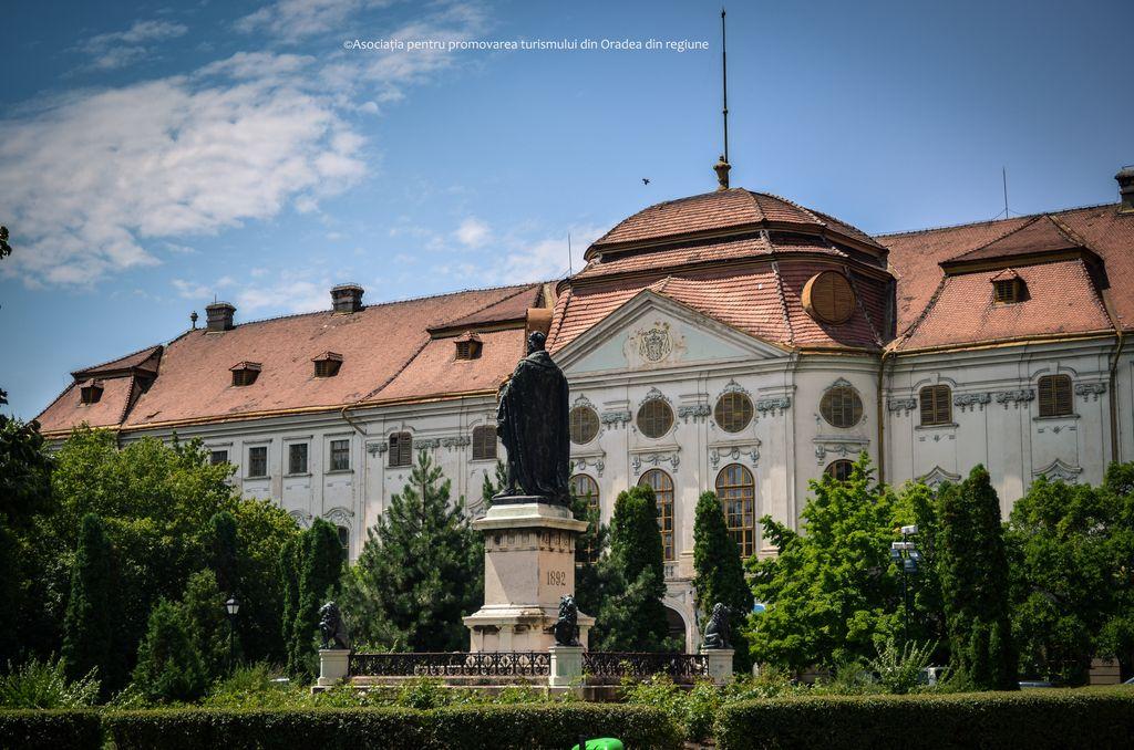 oradea-palatul-baroc