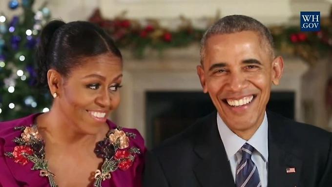 die-obamas-erinnern-sich-an-ihre-erste-weihnachtsansprache-im-jahr-2009