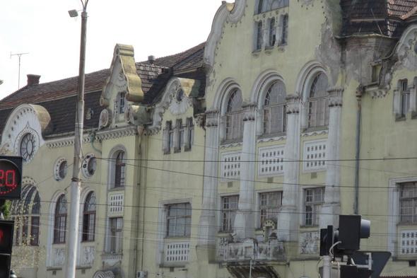 renovarea-cladirilor-ar-da-un-cu-totul-alt-aspect-orasului-oradea