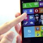 Microsoft a lansat smartphone-ul Nokia X2