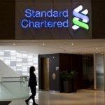 Standard Chartered anunţă profituri mici