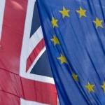Marea Britanie fortata sa treaca la euro sau pleaca din UE