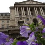 """Marea Britanie avertizează împotriva creșterii """"pripită"""" a ratelor"""