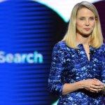 Blonda de la Yahoo anunta scaderi de profit