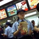 McDonald's opreşte vânzările de nuggets în Hong Kong