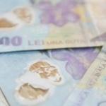 Au cumpărat 90.000 de euro cu lei falşi