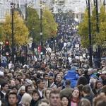 Încrederea consumatorilor britanici a scăzut în luna iunie