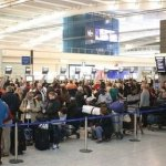 Numărul de pasageri Heathrow și Gatwick, nivel record iulie