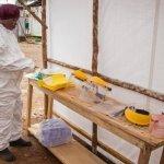 Canada oferă OMS un vaccin experimental împotriva Ebola