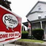 Se ieftinesc locuinţele in America