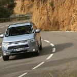 Mitsubishi Outlander 5,4 nu 4,2 l/100 km