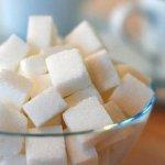 Aportul de zahăr trebuie să fie redus în continuare