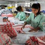 Producţia Chinei a scăzut peste aşteptări