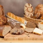 O retea de supermarketuri a tras teapa cu TVA-ul la paine