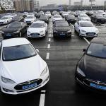 Daimler se separă de afacerea Tesla
