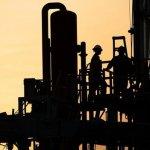 Prețul petrolului scade pe temerile legate de creșterea economică lentă la nivel mondial