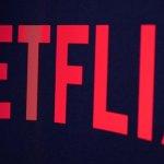 Netflix raportează o scădere a acţiunilor şi a numărului de abonaţi